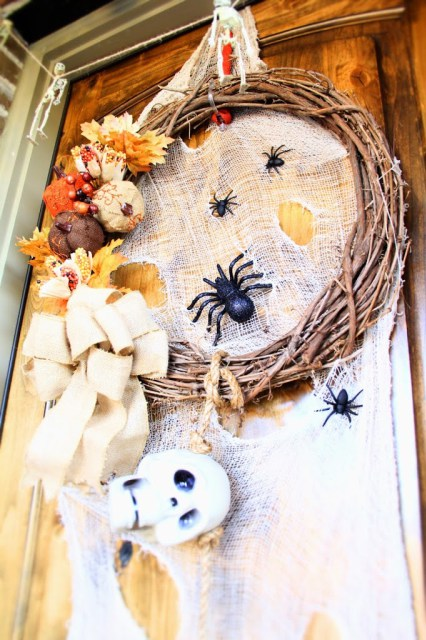 Halloween-Front-Door-Porch-Tour-IrisNacole.com