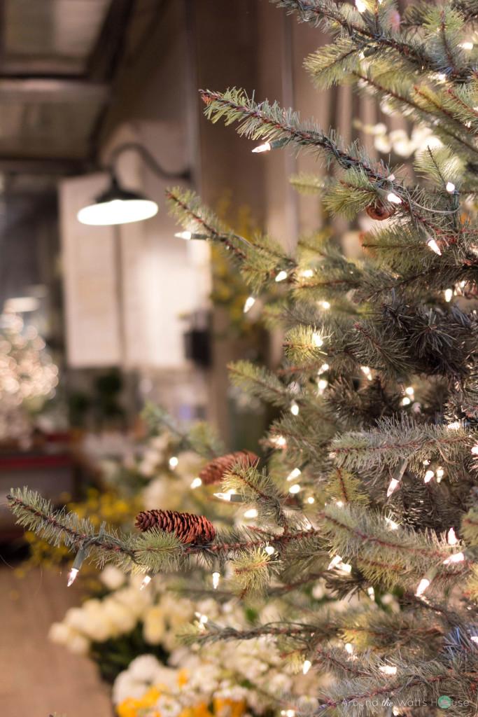 Magnolia-Market-Christmas-Tree