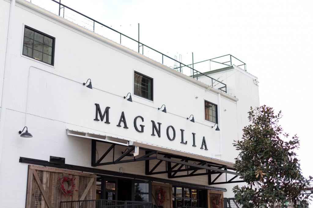 Magnolia-Market-Exterior-Fr
