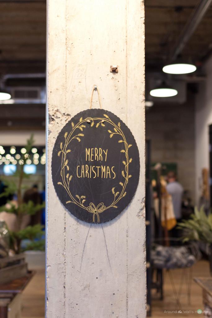 Magnolia-Market-Merry-Christmas-Sign