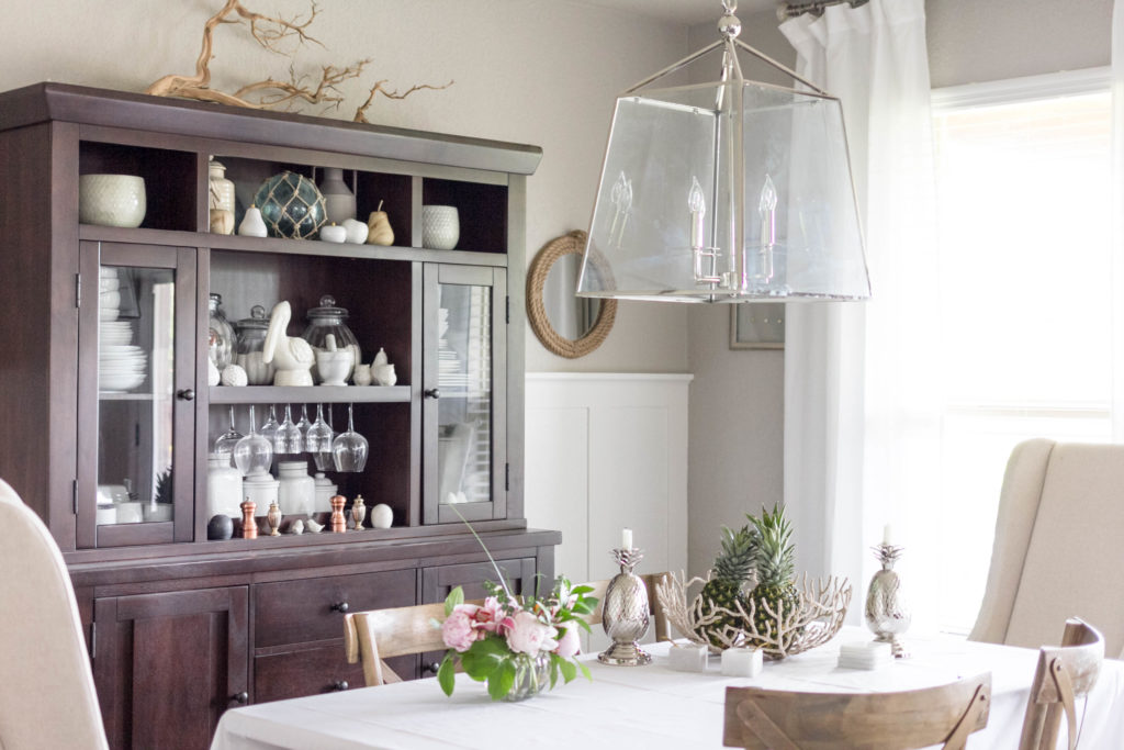 Summer Casual Dining Room Decor by IrisNacole.com