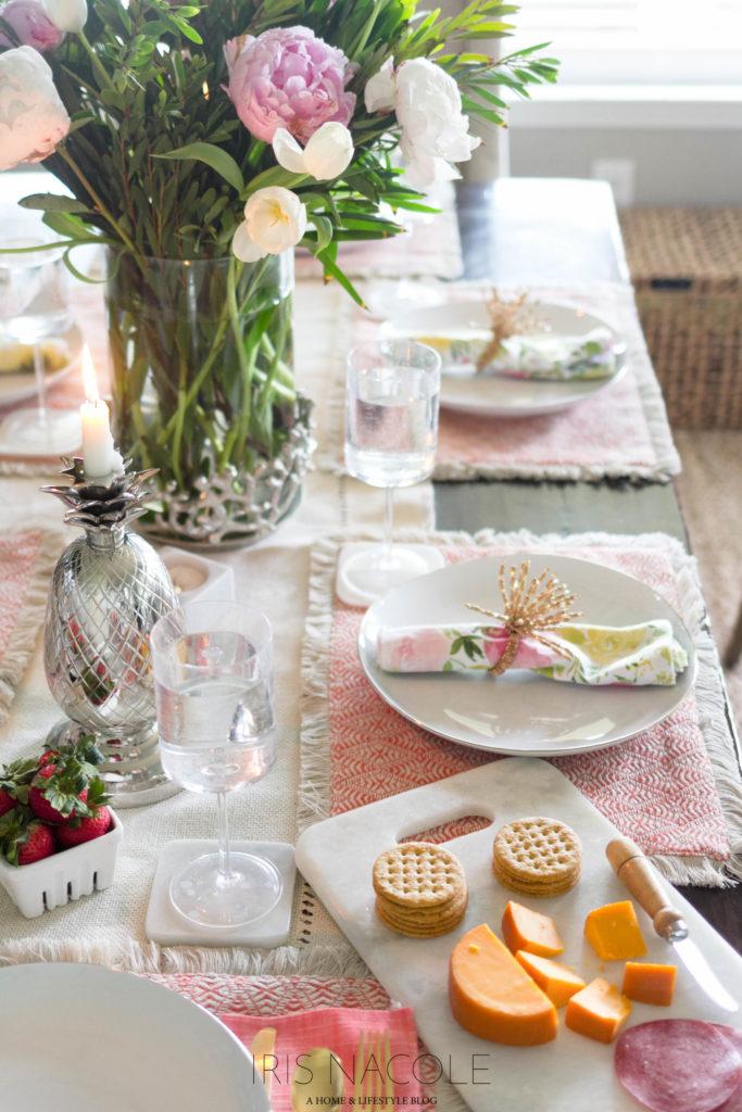 Beautiful Summer Tablescape Decor Idea IrisNacole.com