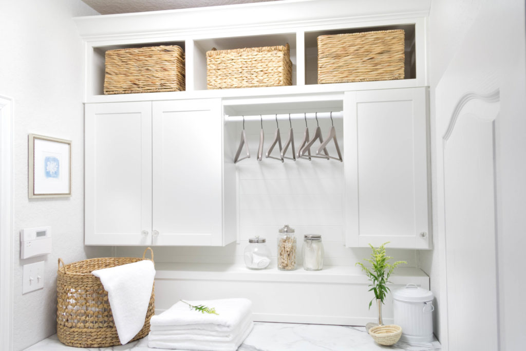 fall-2015-laundry-room-makeover-one-room-challenge-irisnacole-com