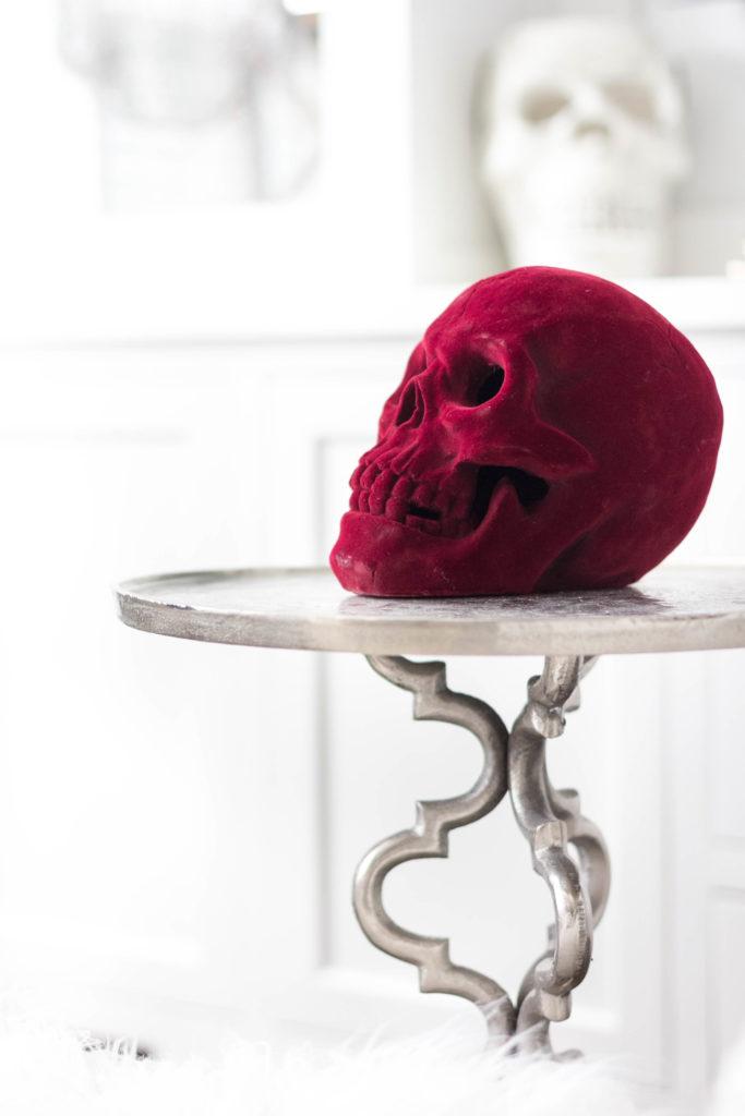 halloween-decor-home-tour-irisnacole-com-scarlet-skull