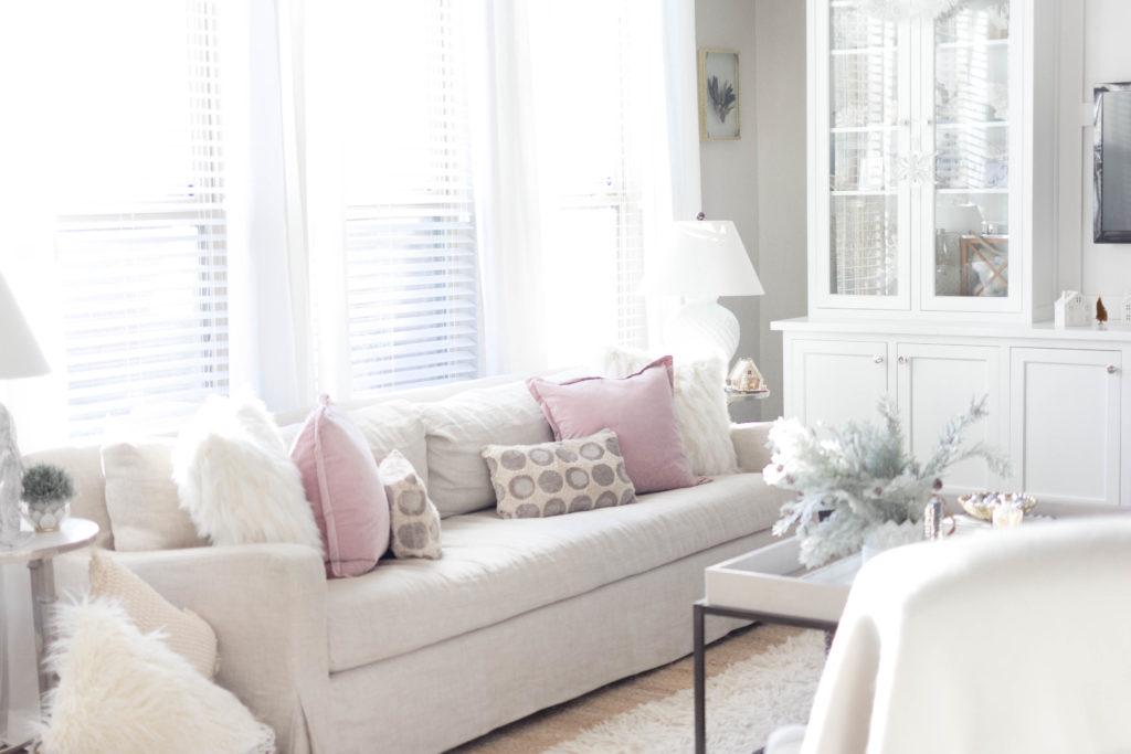 cozy winter living room decor-bohemain-glam-christmas-home-tour-iris-nacole-living-room-tour
