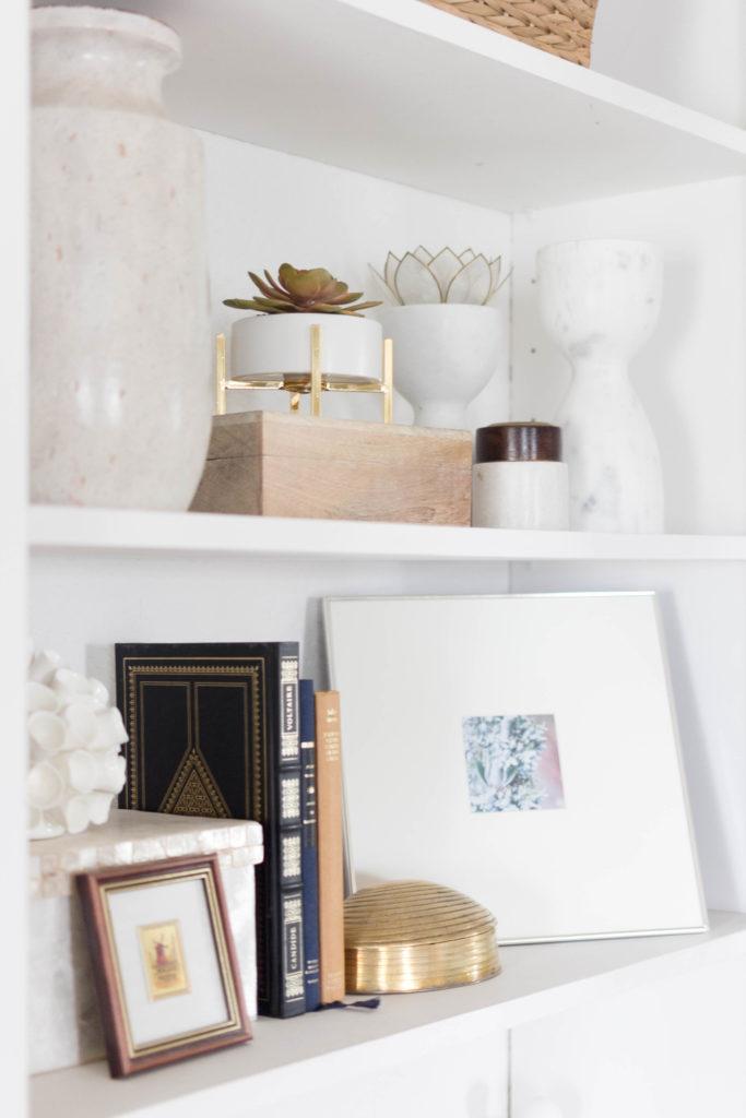Bookcase Styling-Neutrals-IrisNacole
