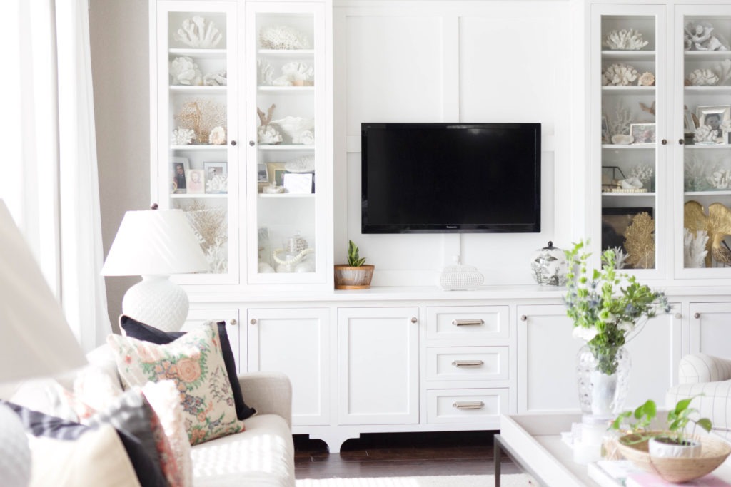 Refined-Chic spring living room style tour IrisNacole.com