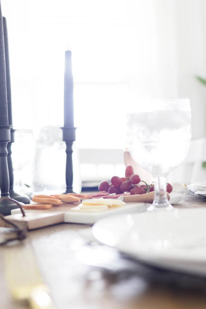 Casual Halloween Dining Room Decor-Entertaining Ideas-IrisNacole.com