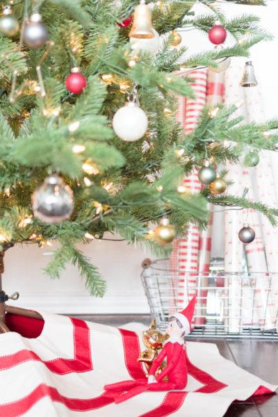 My Home Style Blog Hop Christmas Tree Edition IrisNacole.com 2017-SImple Vintage Decorating