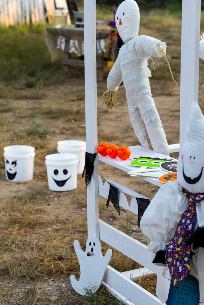 fun-festival-activity-fall-decorating-ideas-by-iris-nacole-halloween