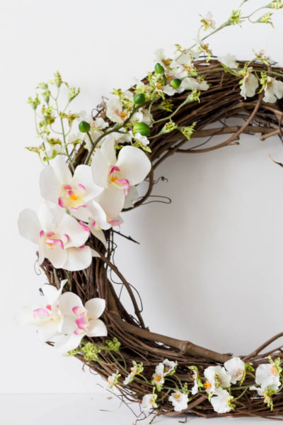 Spring/Valentine's Day Wreath (#CraftyCupid)