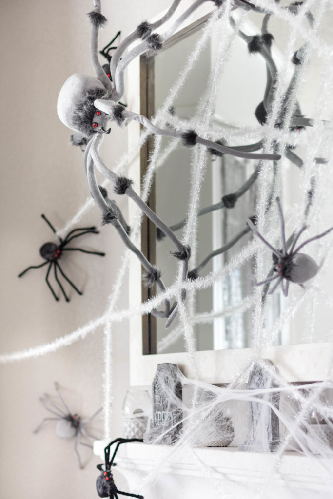 halloween-decor-home-tour-irisnacole-com-web