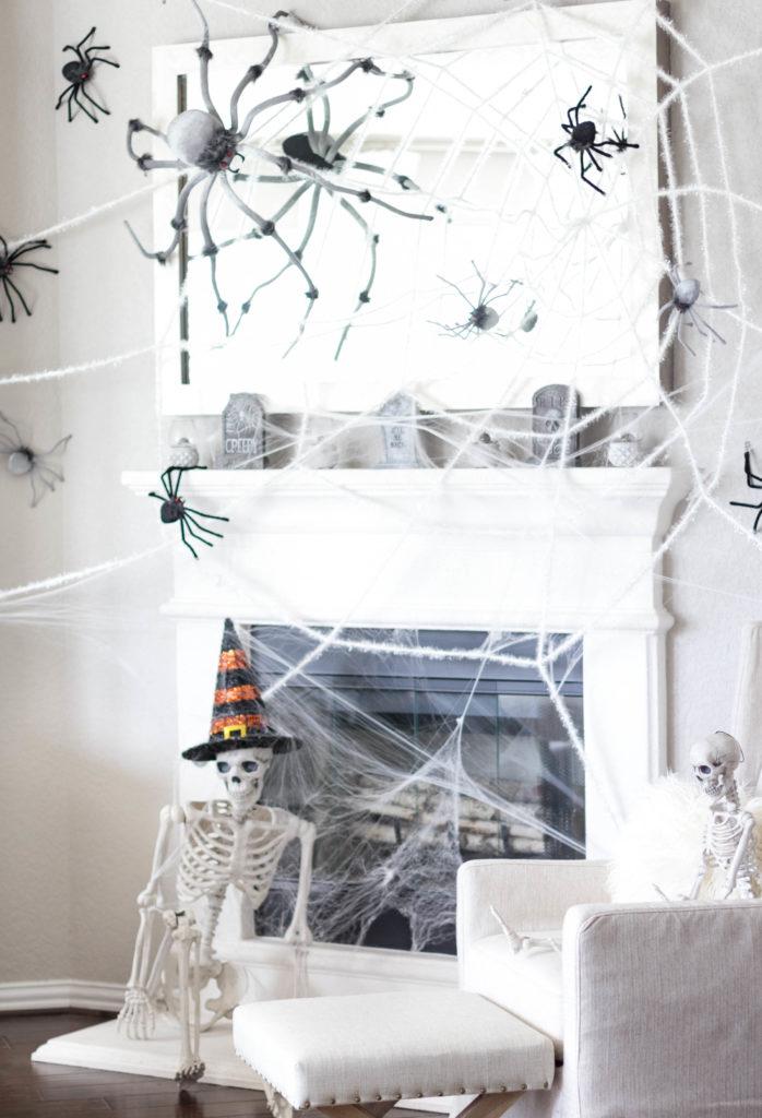 halloween-decor-home-tour-irisnacole-com-fireplace