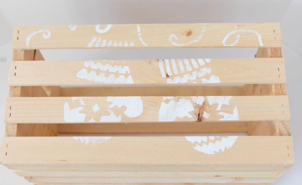 cutting-edge-stencils-mittens-crate-step4
