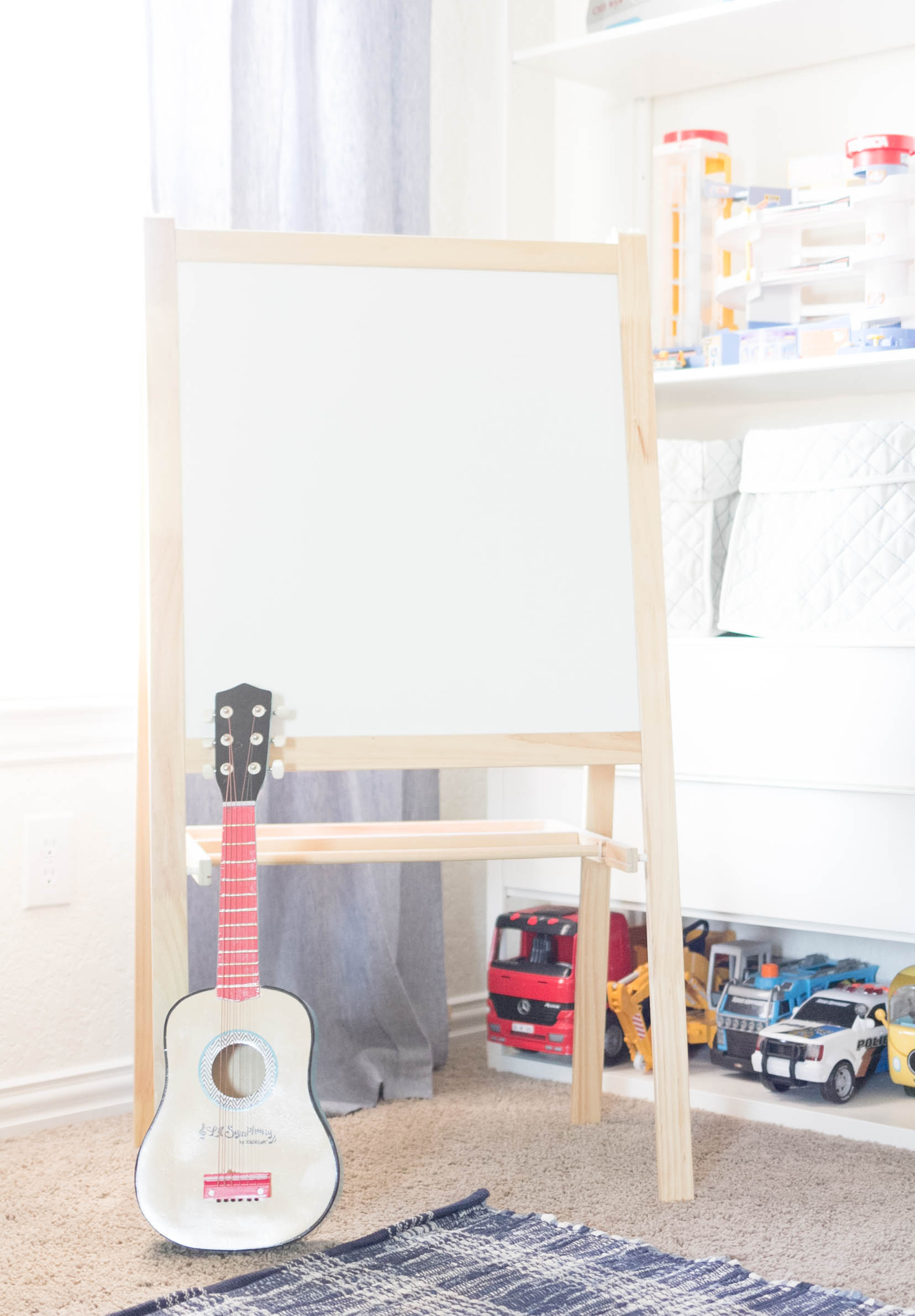 IKEA Art Easel-Art Station-Playroom Makeover by IrisNacole.com